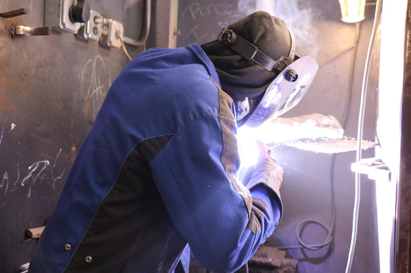 Steps to maintain health and safety in welding environment