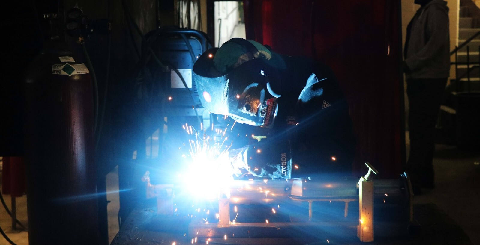 Great Job Opportunities as a Professional Welder