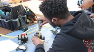 How do I start my career as an electrician - PTTI