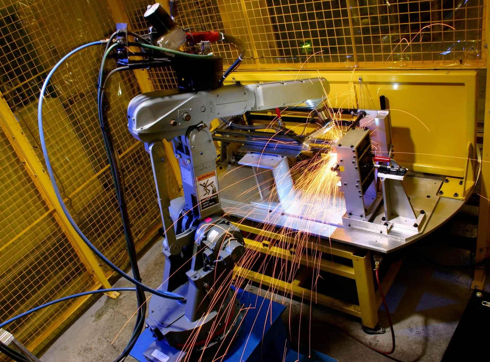 robotic welding arm in welding education