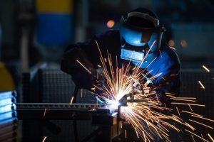 welding professionals in welding industry