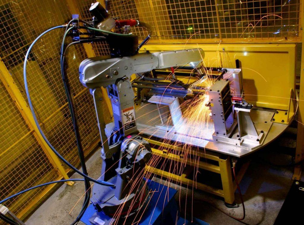 welding processes using robotic arm