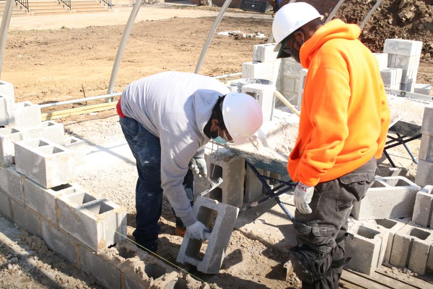 Hands-on training in technical training schools