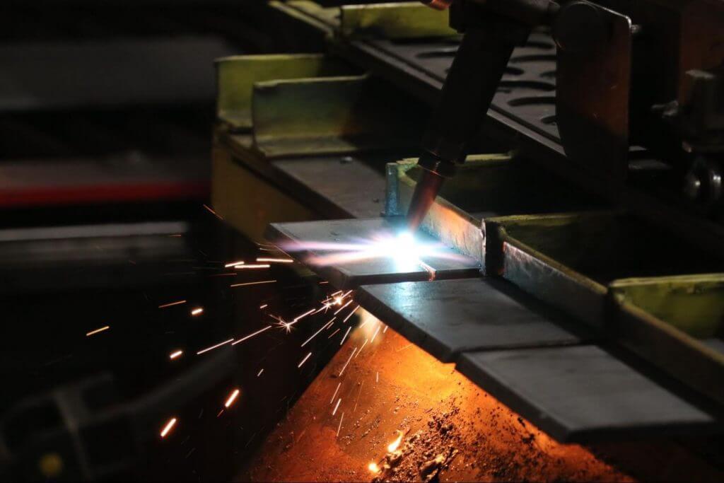 tungsten inert gas welding training in welder trade school