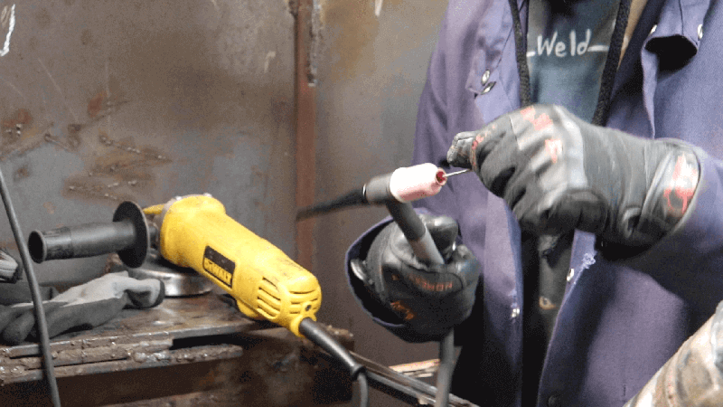 Learn welding at PTTI