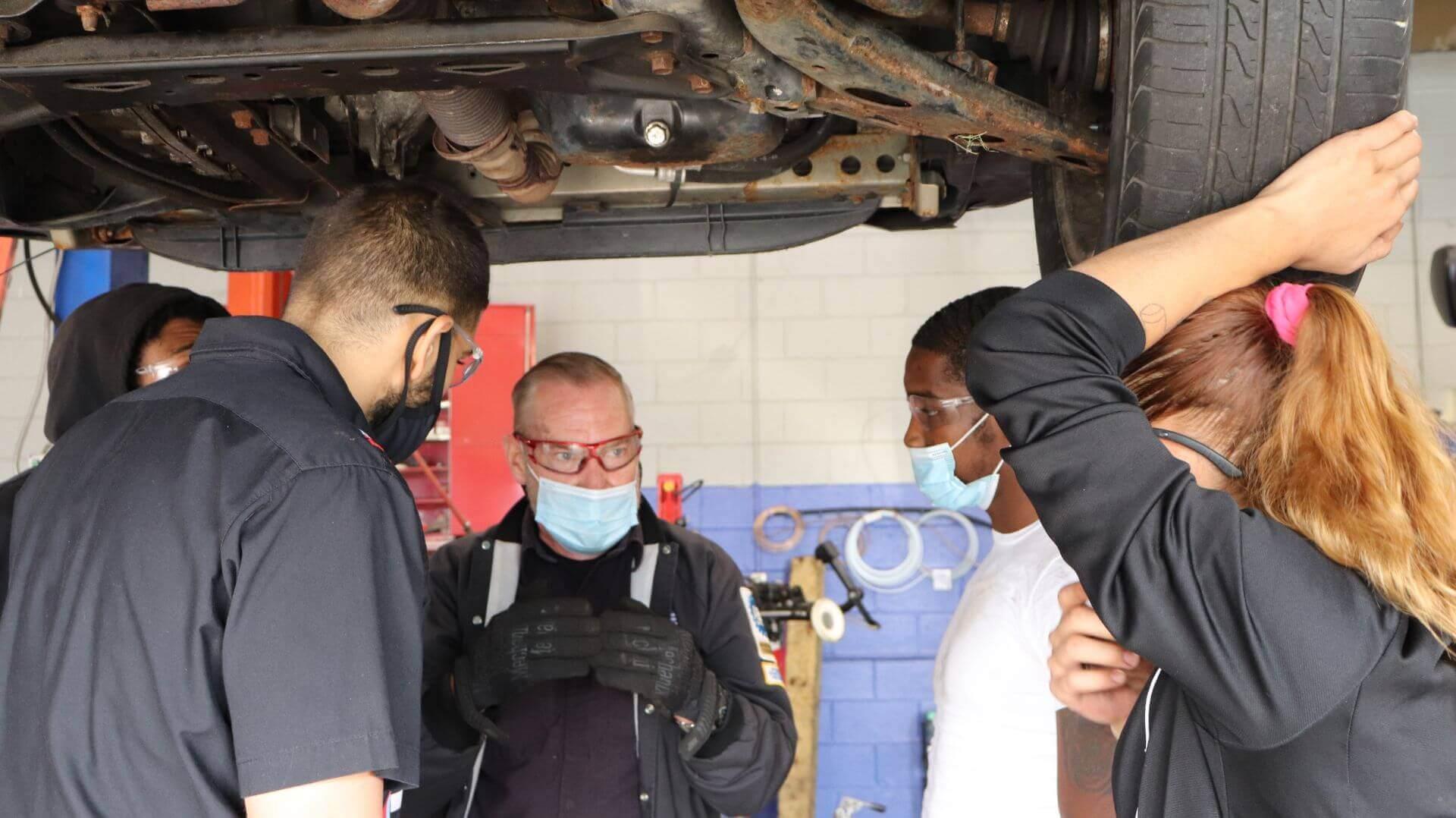 Automotive Training Institute: Types Of Auto Mechanic Jobs